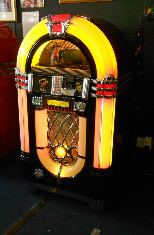 Wurlitzer One More Time Ebony iPod