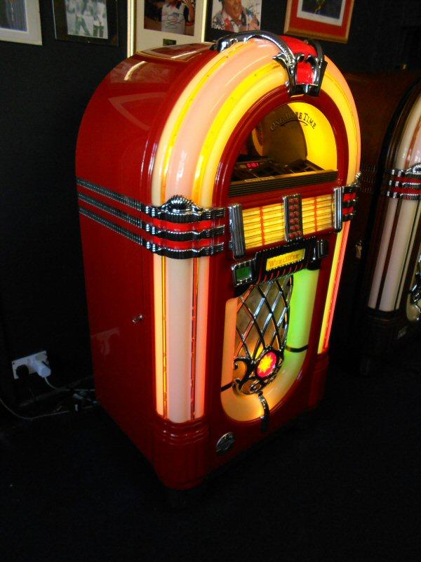 Jukebox For Sale - Jukeboxes DirectJukeboxes Direct