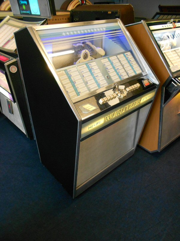 Wurlitzer Lyric E jukebox