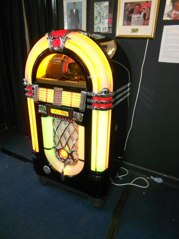 Wurlitzer One More Time jukebox