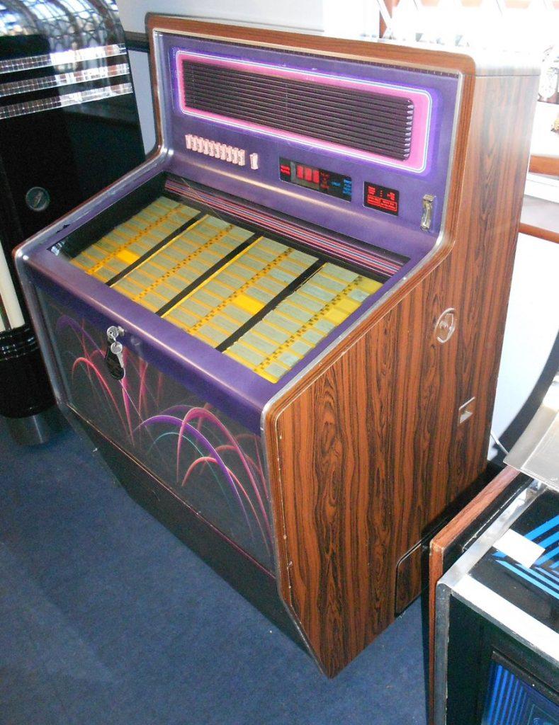 Wurlitzer Silhouette jukebox