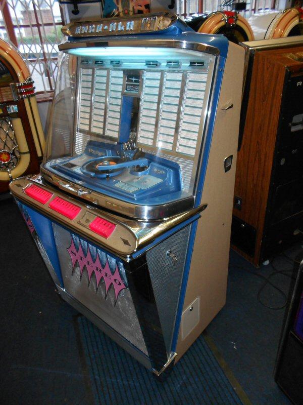 Rock-Ola Regis jukebox.