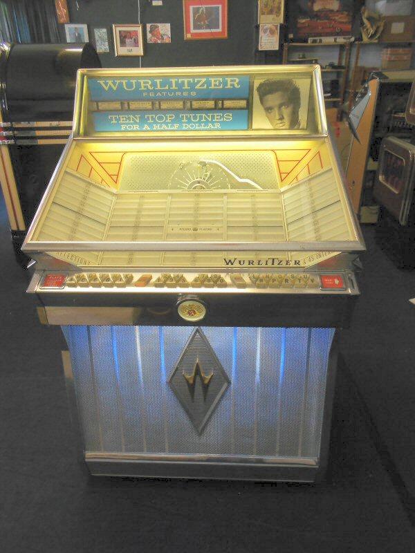 Wurlitzer 2600 jukebox