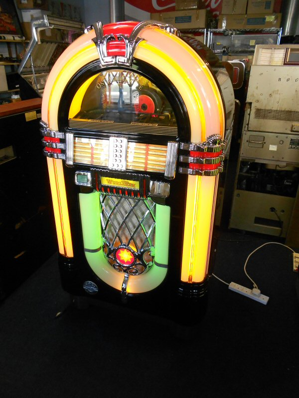 Wurlitzer One More Time Ebony jukebox