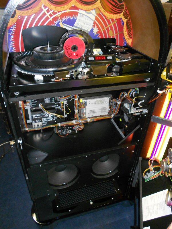 Wurlitzer OMT Ebony jukebox.